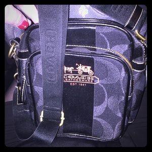 Coach Crossbody signature black handbag